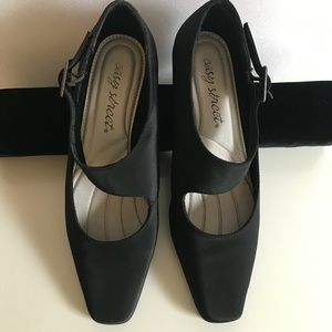 Black satin MaryJane style Easy Street heels